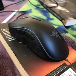 RAZE MOUSE 30$ for Sale in Salinas,  CA