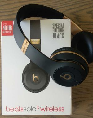Studio 3 wireless headphones NEW IN BOX for Sale in Denver, CO