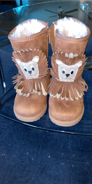Toddler girl boots size 8C for Sale in Buffalo, NY