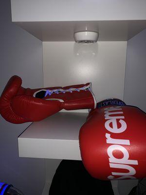 Authentic supreme boxing gloves for Sale in Richmond, VA