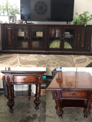 Bureau/TV stand With Matching End Tables for Sale in Murrieta, CA