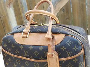 Louis VUITTON Deauville Monogram Tote Handbag for Sale in Arlington, TX