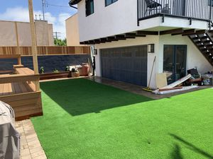 Synthetic grass 6$7$8 for Sale in Temecula, CA