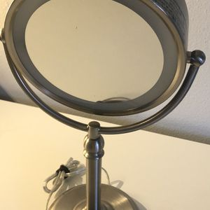 Led Make Up Mirror Not Small Size for Sale in Los Angeles, CA