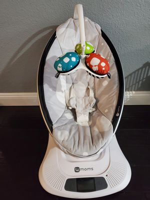 4MOM'S. MAMAROO bouncer, swing for Sale in Citrus Heights, CA