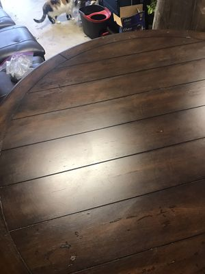 Wood Table and chairs for Sale in Lexington, SC