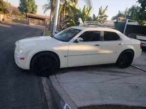 Chrysler 300 gemí for Sale in Industry, CA