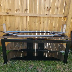 """TV Stand (Suitable For Up To 75"""" As Shown) for Sale in Hampton, VA"""