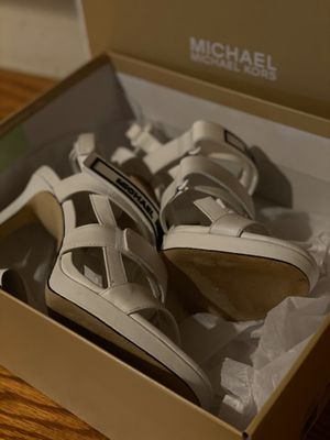 Michael Kors shoes size 8 great condition for Sale in Simi Valley, CA