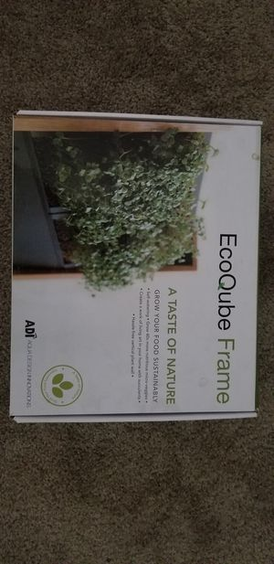 Ecoqube frame with extras for Sale in Phoenix, AZ