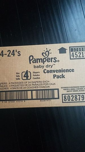 Size 4 pampers brand pampers for Sale in Washington, DC
