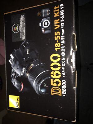 Nikon d5600 for Sale in Hillsboro, OR