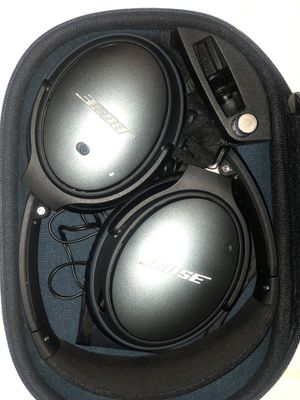 Bose wireless noise cancellation headphones ( like new ) for Sale in Compton, CA