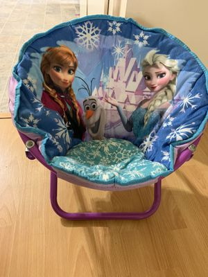 Disney Frozen Elsa and Anna Kids Folding Saucer Chair for Sale in Long Beach, CA