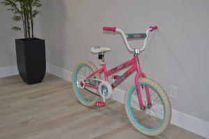 "20"" Huffy Sea Star Girls Bike for Sale in Sacramento, CA"