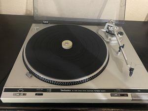 Vinyl Turn Table. Read Description for Sale in Hemet, CA