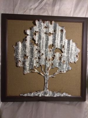 "decor primitive frame tree metal 27"" 1/2"" x 27"" 1/2"" for Sale in Philadelphia, PA"