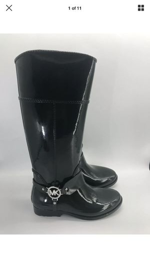 Micheal kors green rain boots size 7 for Sale in Naples, FL