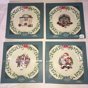 Lot NEW Vintage LENOX Limited Edition ANNUAL COLLECTOR'S CHRISTMAS PLATE ** Look MORE for Sale in Las Vegas, NV