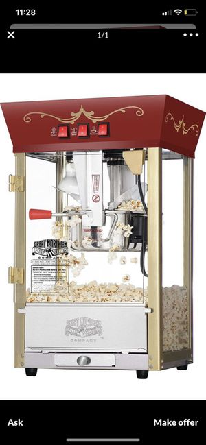 Popcorn machine new in box for Sale in Cleveland, OH
