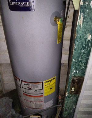 Hot water heater - natural gas for Sale in Nederland, TX