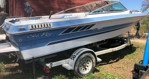 Sea Ray Boat and trailer for Sale in Charlotte Court House, VA