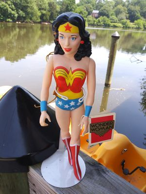 1988 Hamilton Gifts PVC Wonder Woman action figure toy w tag 1983 DC comics for Sale in Gaithersburg, MD