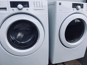Kenmore elite extra large capacity stackable washer and dryer set DELIVERY for Sale in Auburn, WA