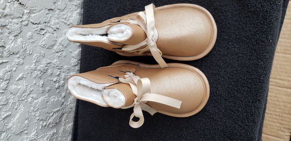 New Children's place gold boots !
