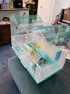 A bird cage and accessories for Sale in Las Vegas, NV