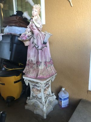 Antique Doll Lamp W/ Base HOME INTERIOR for Sale in Reedley, CA