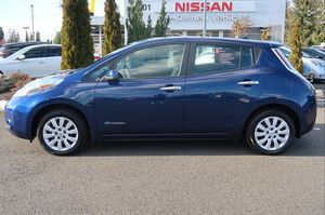 2017 Nissan LEAF for Sale in Puyallup, WA