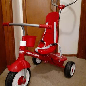 Radio Flyer Bike .Almost new. Available for Sale in Everett, WA