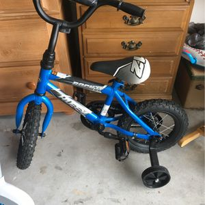 Bike For 1-5 Years Old for Sale in Poinciana, FL