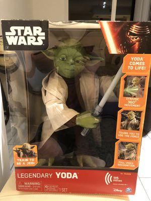 STAR WARS LEGENDARY YODA for Sale in Miami, FL