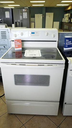 Whirlpool stove for Sale in New Port Richey, FL