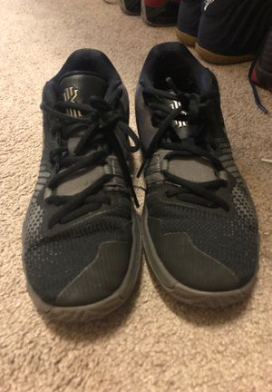 Nike, kyrie Irving's, used, size:4,5 for Sale in Kissimmee, FL