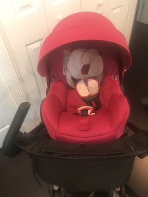Maxi Cosi Car Seat Stroller Bundle for Sale in Sterling, VA