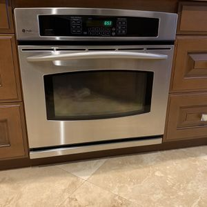 30in Built-in GE Profile Convection Oven for Sale in Boca Raton, FL
