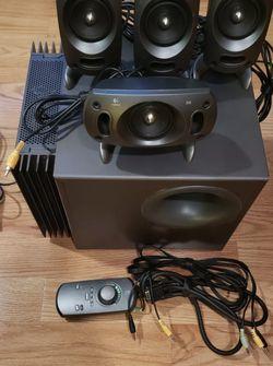 Rare Logitech Z-5300 500w THX 5.1-Channel Complete Surround Speaker System for Sale in Castro Valley,  CA
