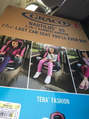 New in box 3 in 1 car seat for Sale in Williamsport, MD