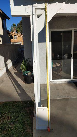 Ideal Pet medium dog door for 8 foot slider for Sale in Moreno Valley, CA