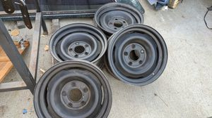 """Rims 5 lug black. 16"""" ...center of lugs 3.5"""" apart for Sale in Spring Valley, CA"""