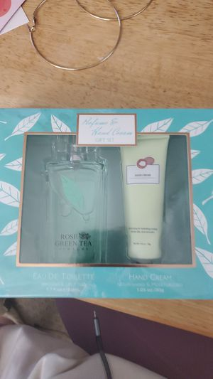 Miniso perfume and hand cream gift set for Sale in Montclair, CA