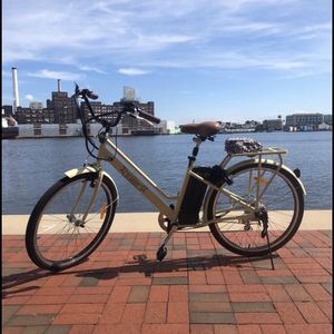 """Women's NAKTO City Electric Bicycle Classic 26"""" for Sale in Baltimore, MD"""
