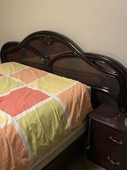 Queen Bedroom Set for Sale in Graham,  WA