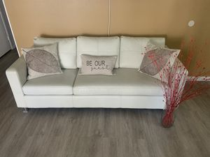 White couch 3 seater for a living room great condition 30 x 25 x 78 OBO for Sale in Montclair, CA