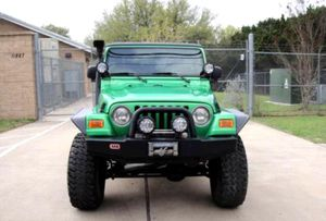 Price$12OO Jeep Wrangler 2004 for Sale in Pikeville, NC