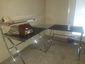 Corner desk for Sale in Fort Worth, TX