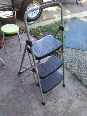 Step ladder for Sale in Pasadena, TX